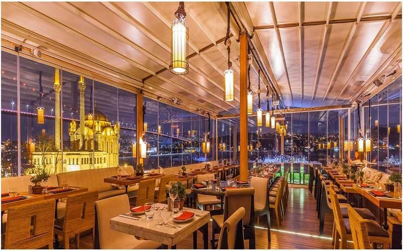 Banyan-Istanbul-nuit